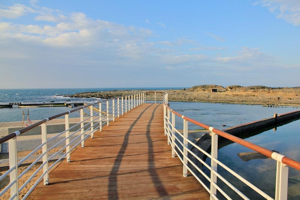基隆IG景點 | 和平島公園天使向海步道,沙灘、海水、溜滑梯自然系公園試營運中~