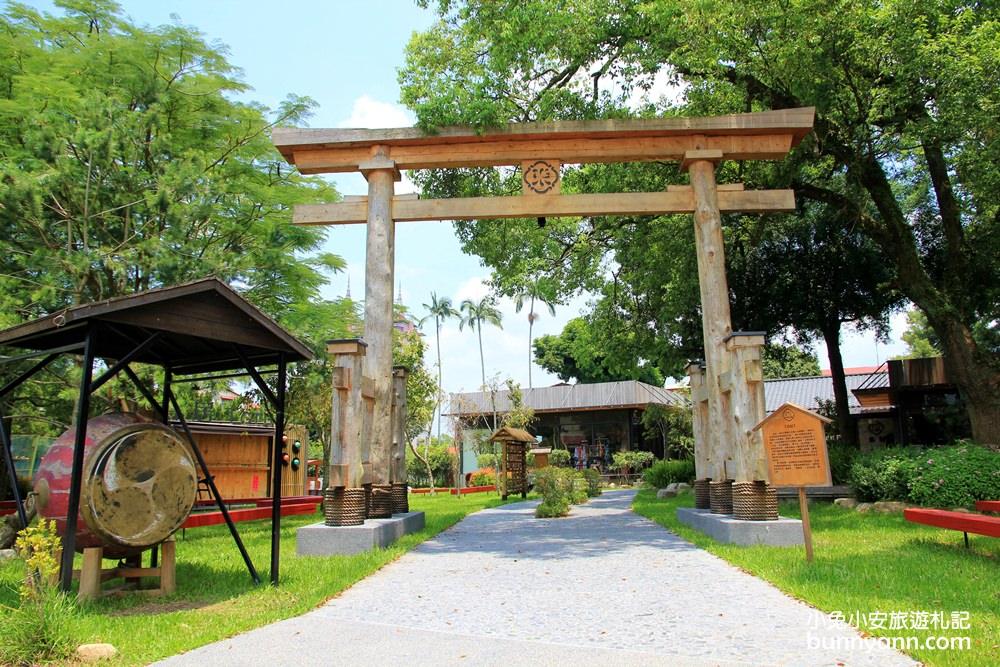 南投埔里景點》鳥居Torii 喫茶食堂,快閃拍兩層樓道地超大鳥居、日本擂鼓與巨人手掌超震撼~